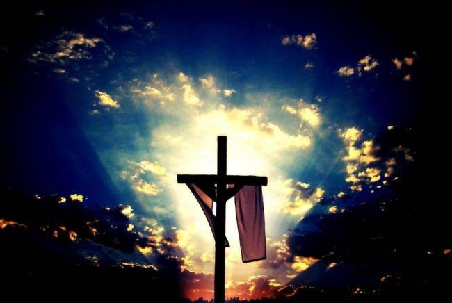 jesus-cristo-na-cruz-1364389322